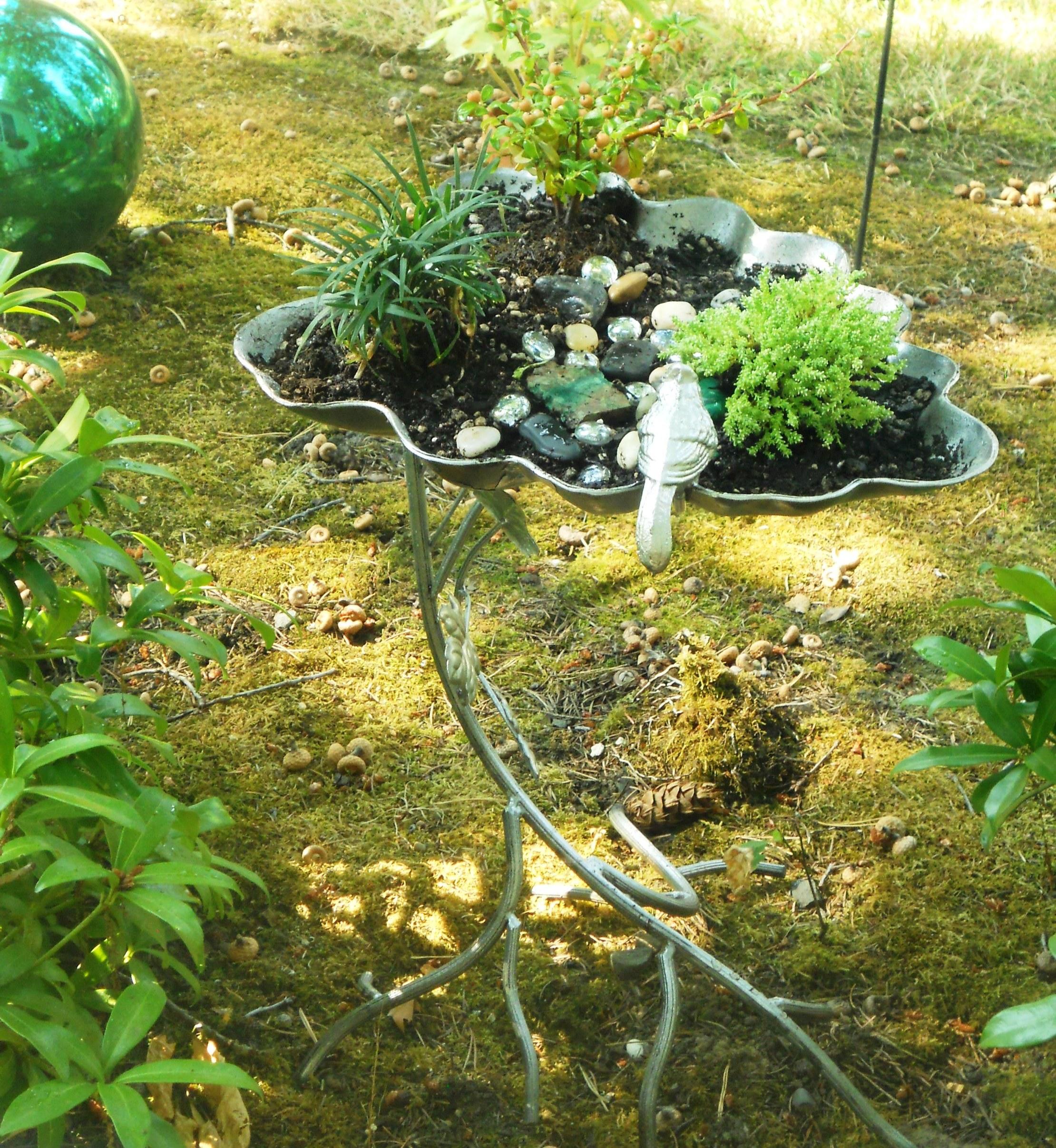 Декор в саду в огороде своими руками